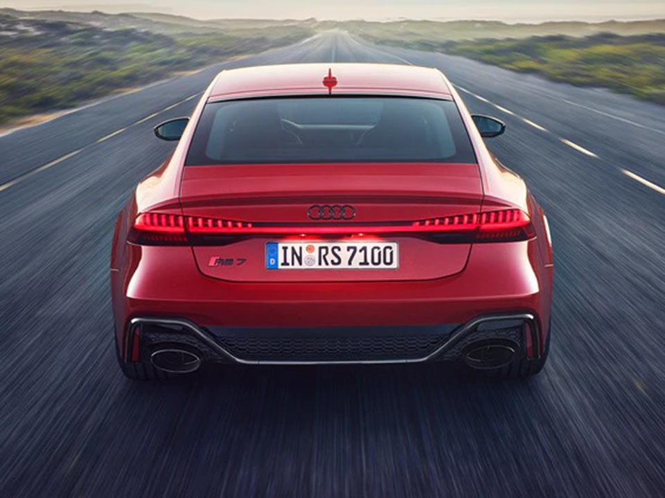 Audi RS 7 Sportback 4