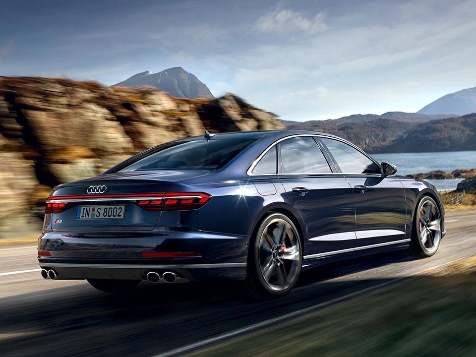 Audi S8 TFSI 1